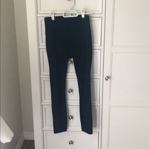 Wunder Under 7/8 pants - worn twice!